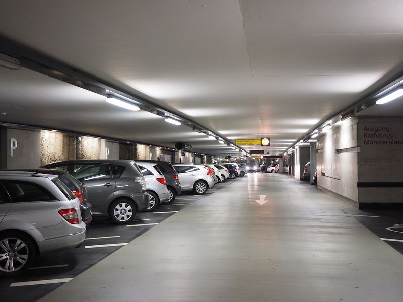 Parking gare de Massy proche TGV - EFFIA