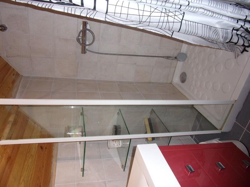 Salle d'eau Gîte de la Vayssière 3 Chenou