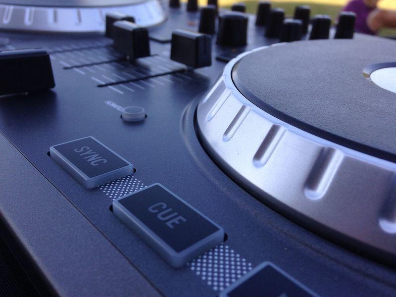 Bal DJ