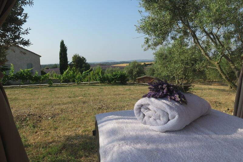 Massages et détente au cœur de la nature