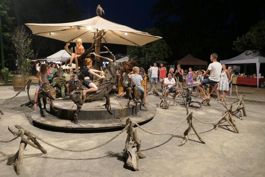 Marché-des-producteurs-Camping-Saint-Disdille