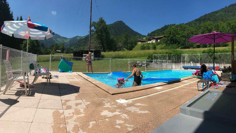 Centre de vacances l'Echo des Montagnes - piscine
