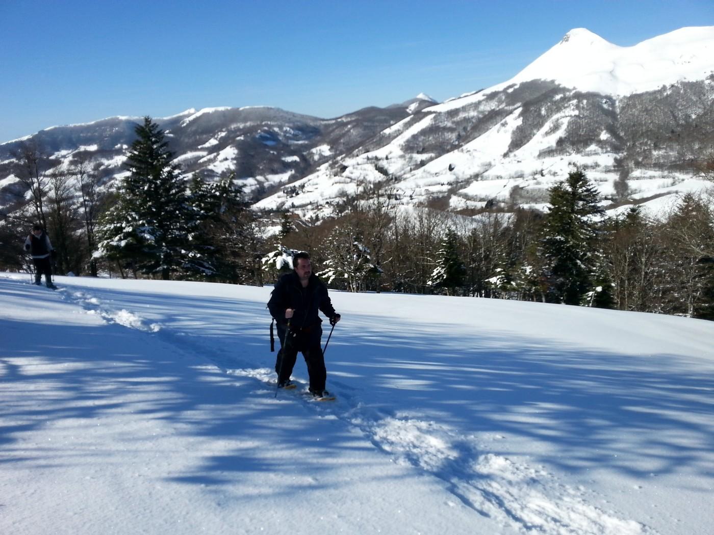 Initiation raquette avec le Bureau des Guides Auvergne