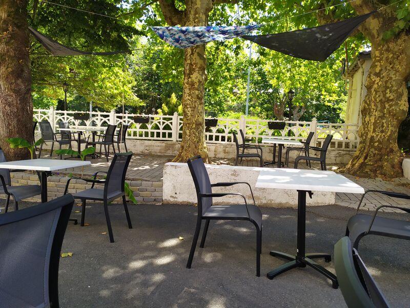 terrasse du restaurant La cuisine d\'Alex