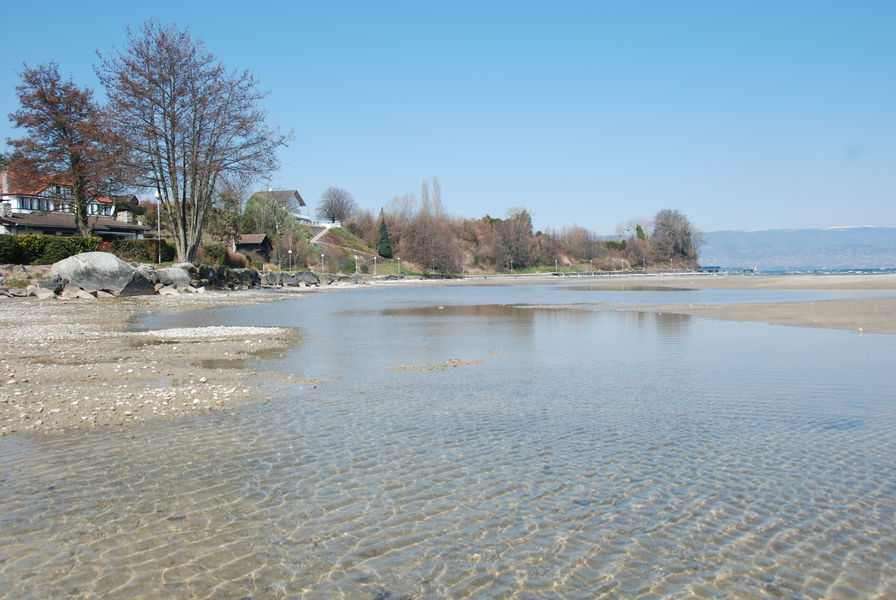 Accès du village à la plage