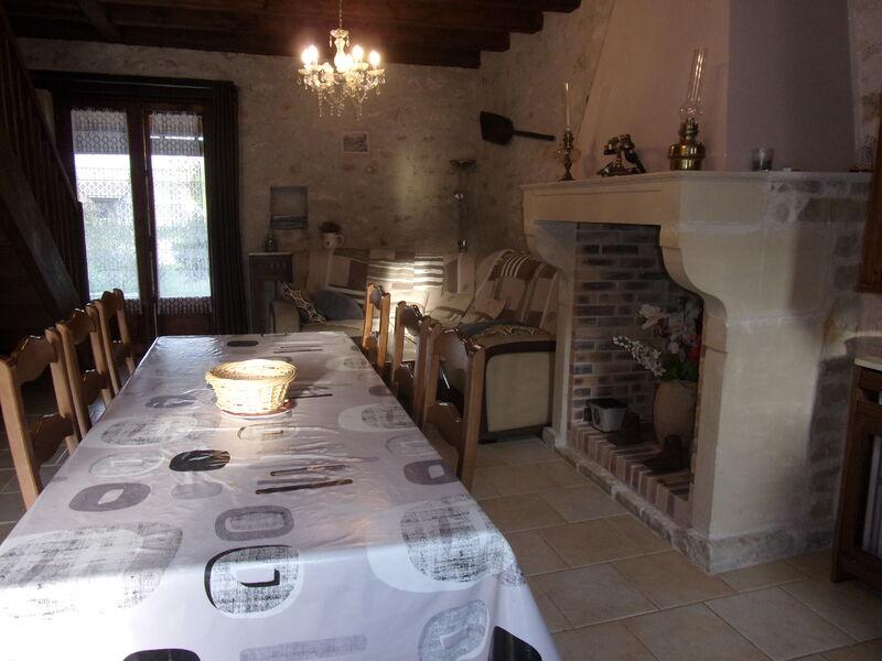 Salle à manger Gîte de la Vayssière 2 Chenou
