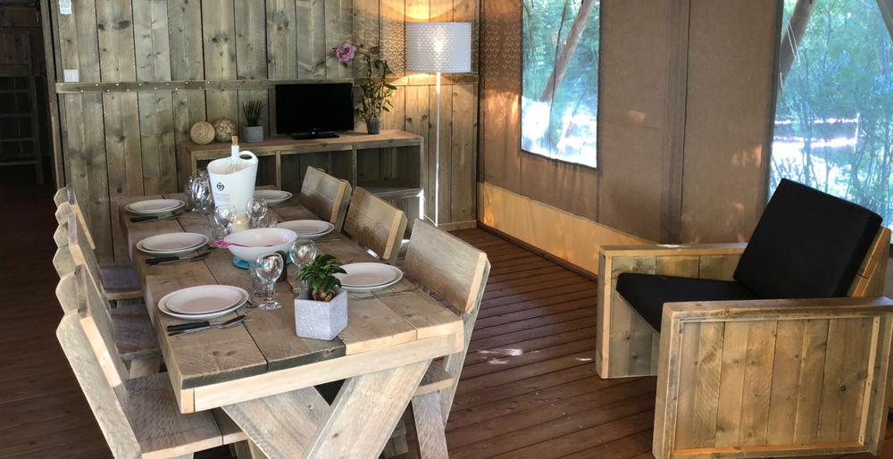 Pour vos prochaines vacances : camping glamour… ! Intérieur