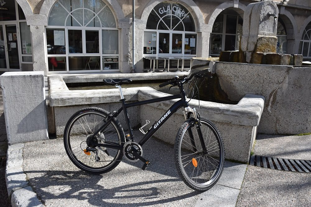 Location de vélos VTT  VTC VAE Ardèche : Le Diablo'thym : Location de vélos