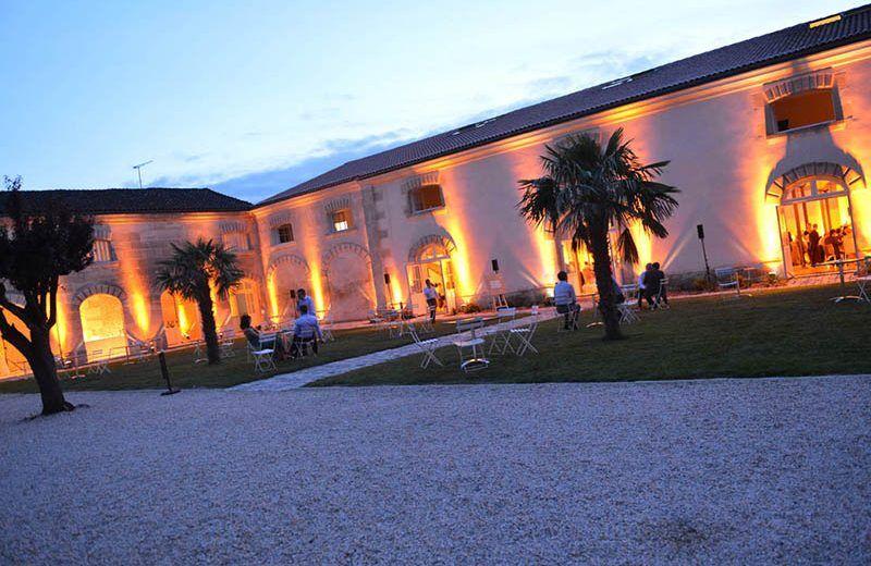 Cour intérieure Meukow Cognac