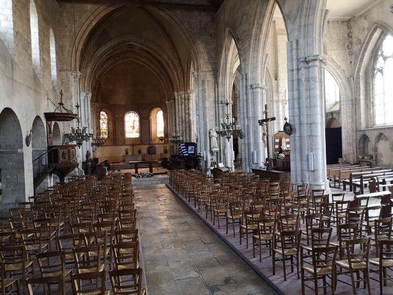Intérieur église Château-Landon