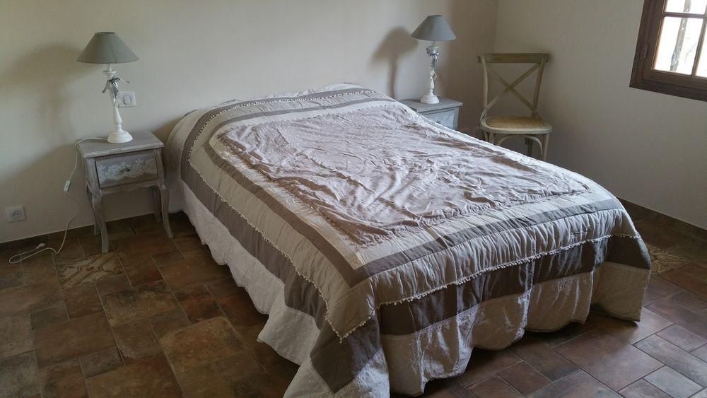 Room 1 - Room 1 - Apeloig Florence