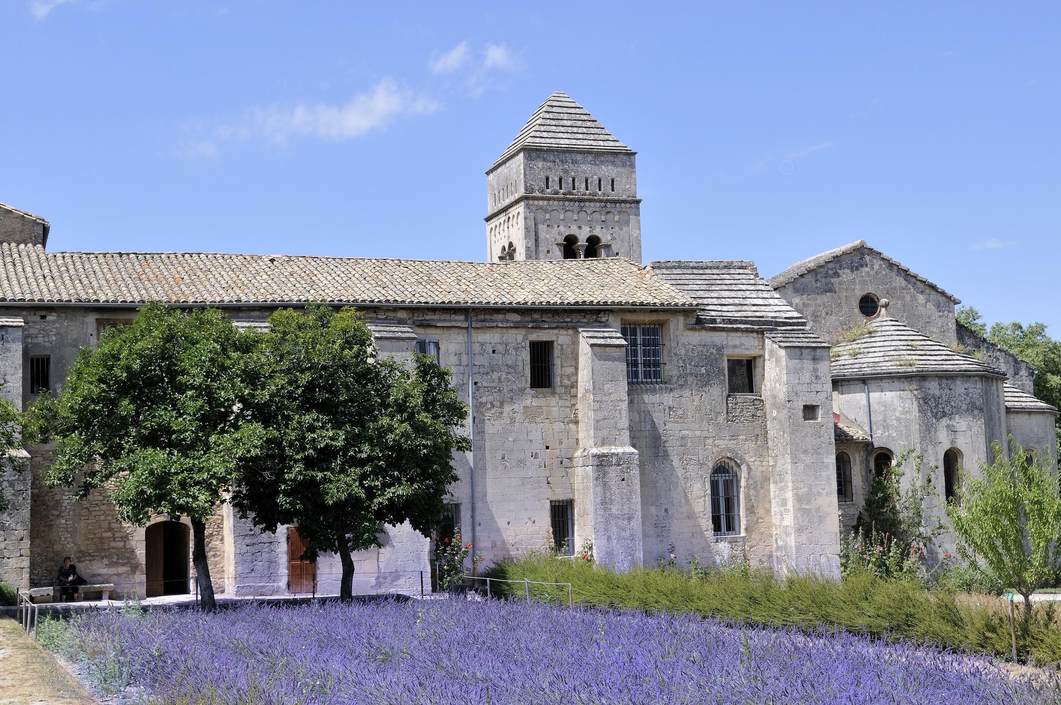 cloitre-saint-paul-de-mausole-centre-culturel-et-touristique-van-gogh