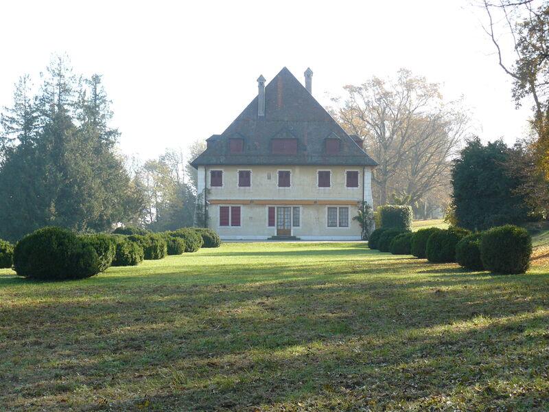 Manoir de Rovorée situé sur le domaine de Rovorée-La Châtaignière