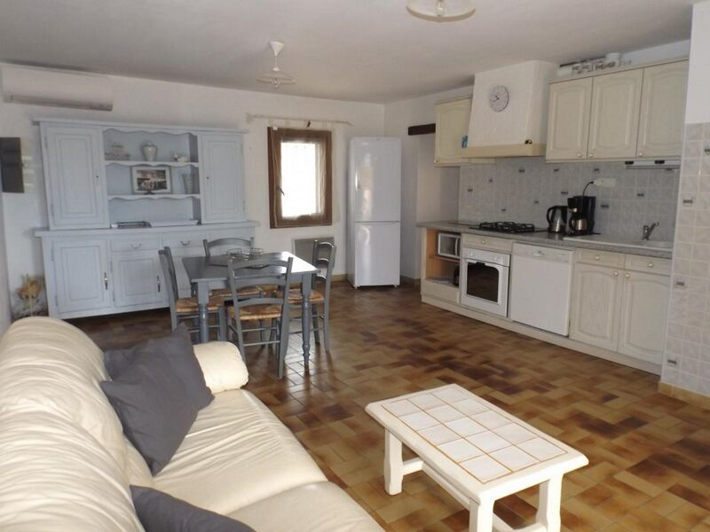 Gîte de France n°712 - Living-room & kitchenette - Gabriel Aubert