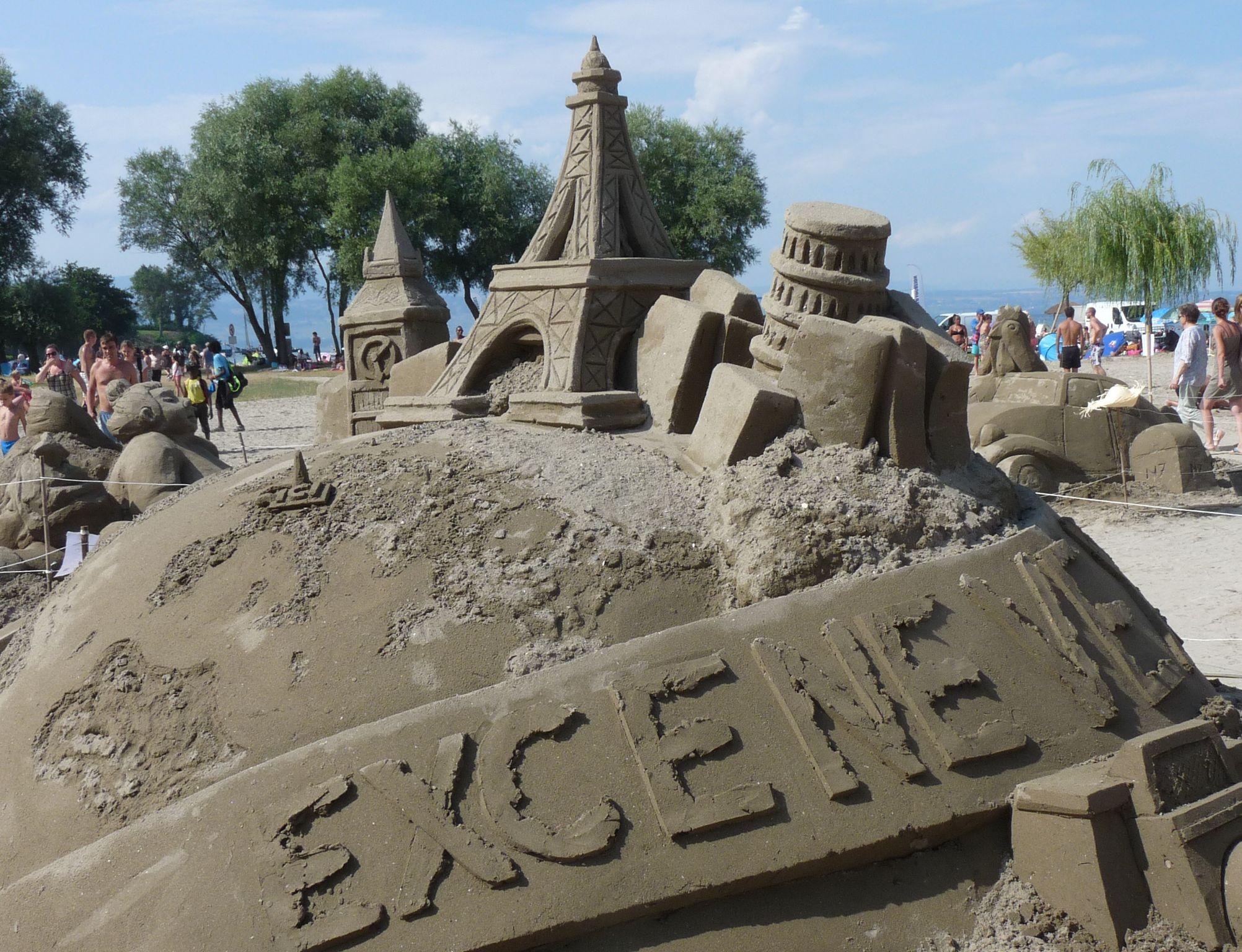 Sculpture géante de sable