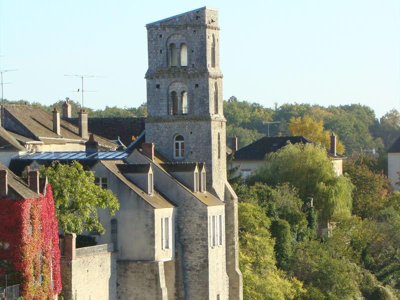 Tour Saint Thugal Château-Landon