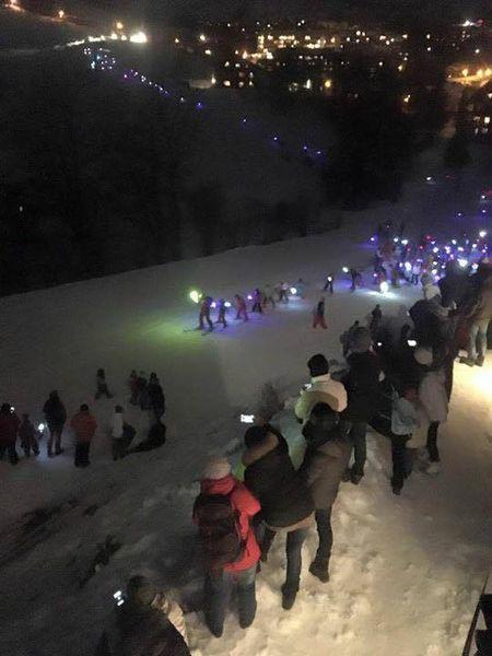 Children's torchlight descent