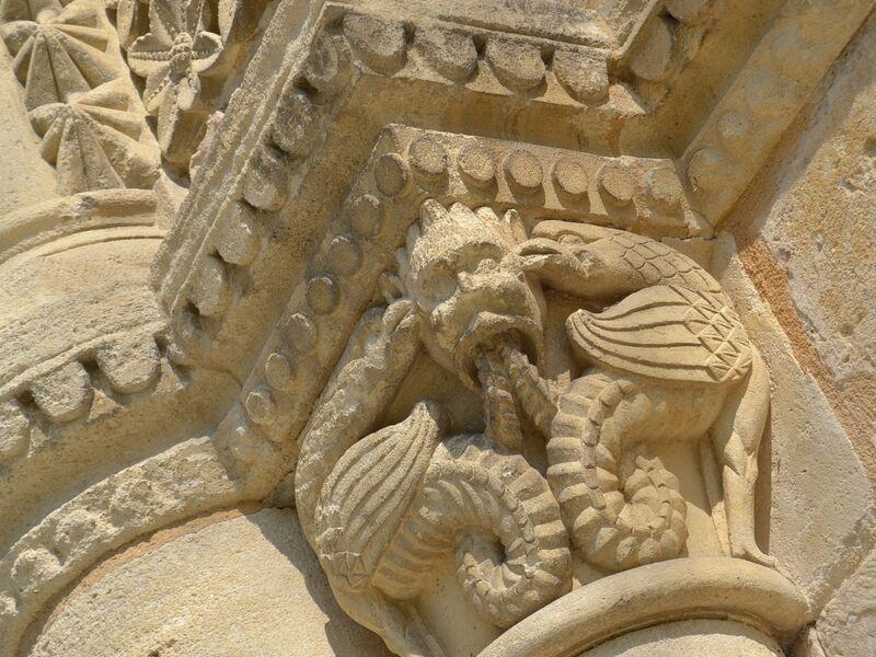 Sculptures romane de léglise de Surgères