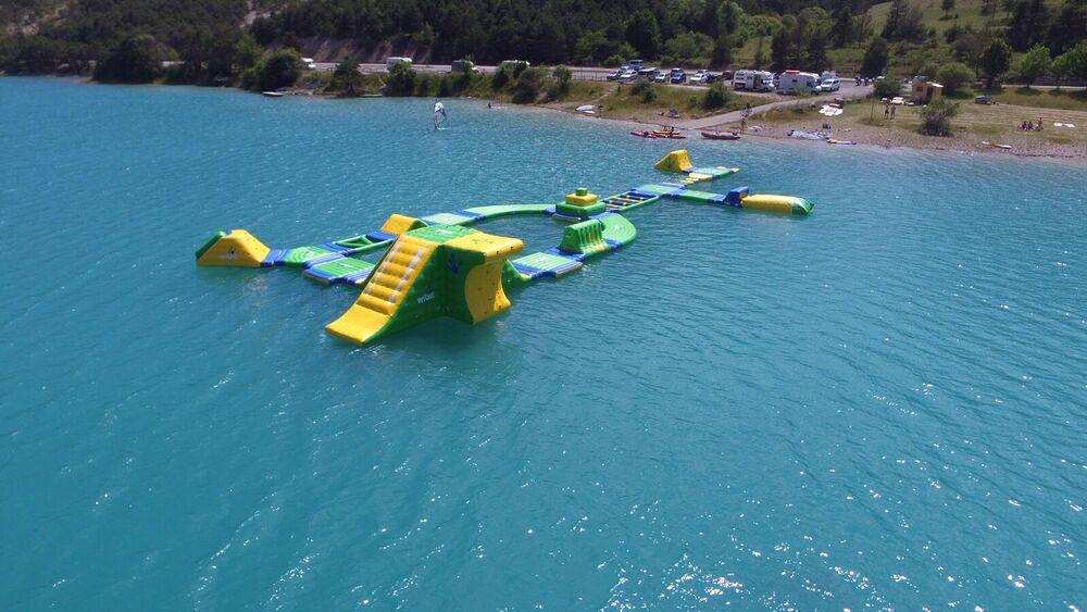 Jetez vous à l'eau au lac de Castillon