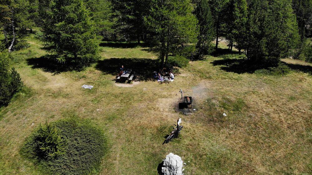 Aire de pique-nique du Vallon des Baïsses - Office de Tourisme de Montgenèvre