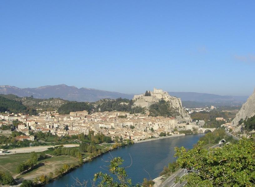 Des Chemins du soleil à la mer : de Sisteron à Fréjus en VTT - circuit en liberté