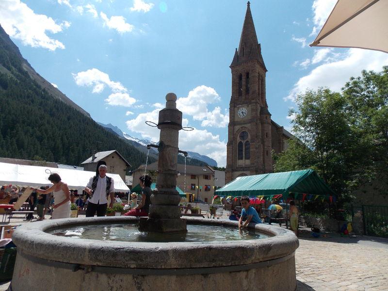 Place du village - @OTLaGravelaMeije