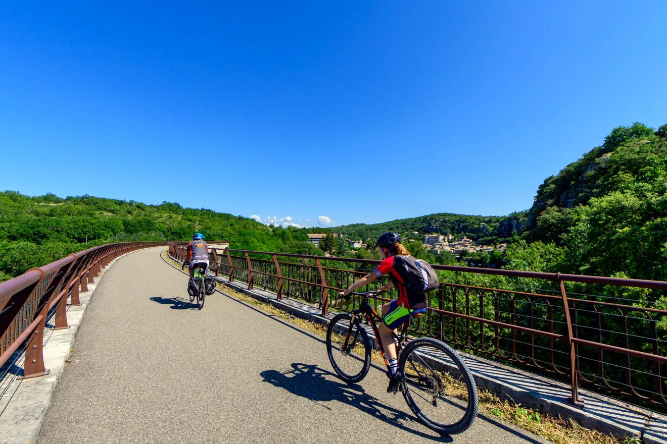 Voies douces : Via Ardèche de Uzer à Saint-Paul-le-Jeune