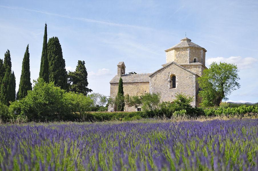 Eglise St-Pierre de Larnas