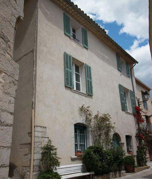 Azur et Vous - Extérieur - Moulins Franck
