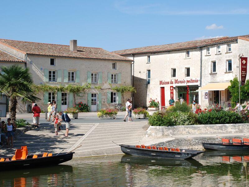 Façade de la Maison du Marais Poitevin