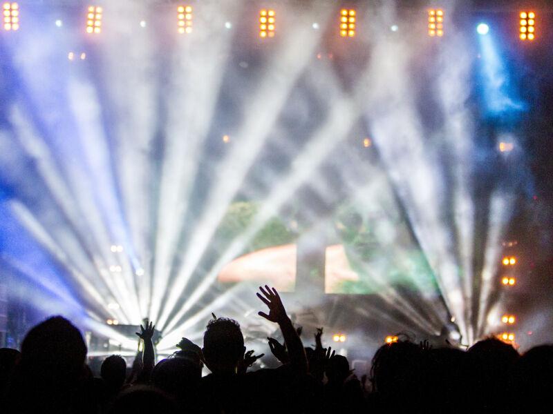 concert-scene-public
