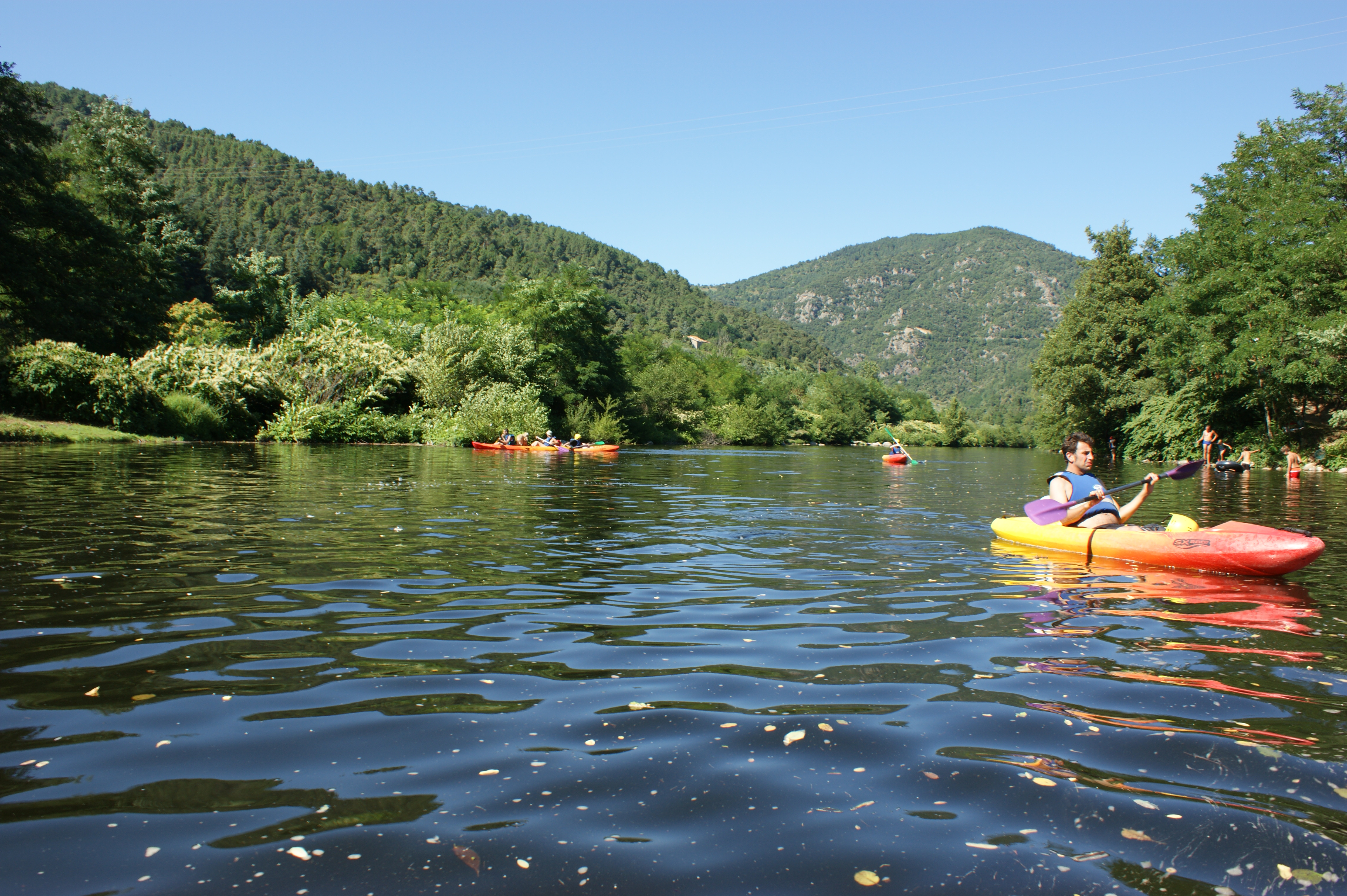 Sportactiviteiten : Canoeing/kayaking on the Eyrieux river
