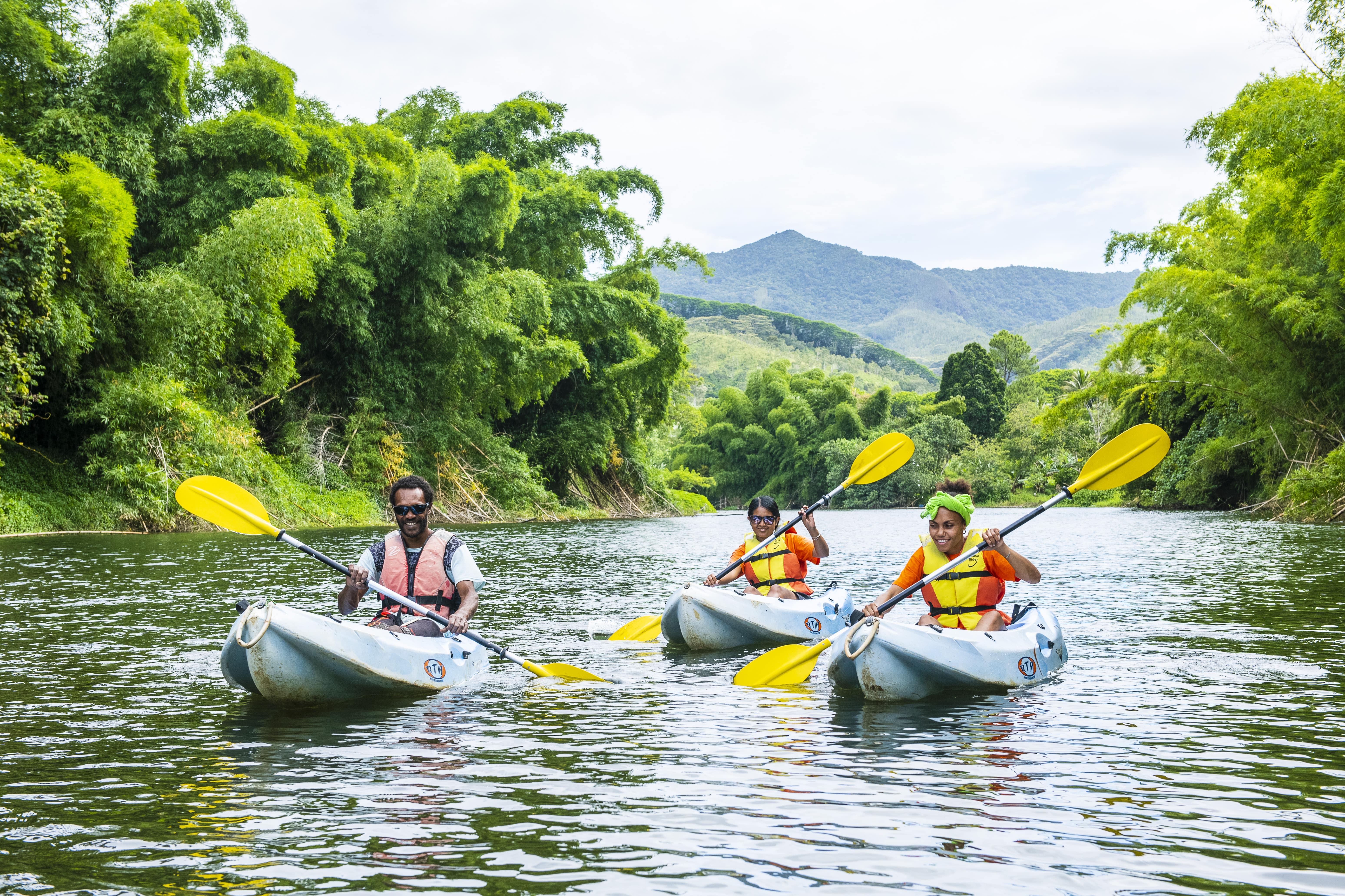 Descente de la rivière Amoa en kayak