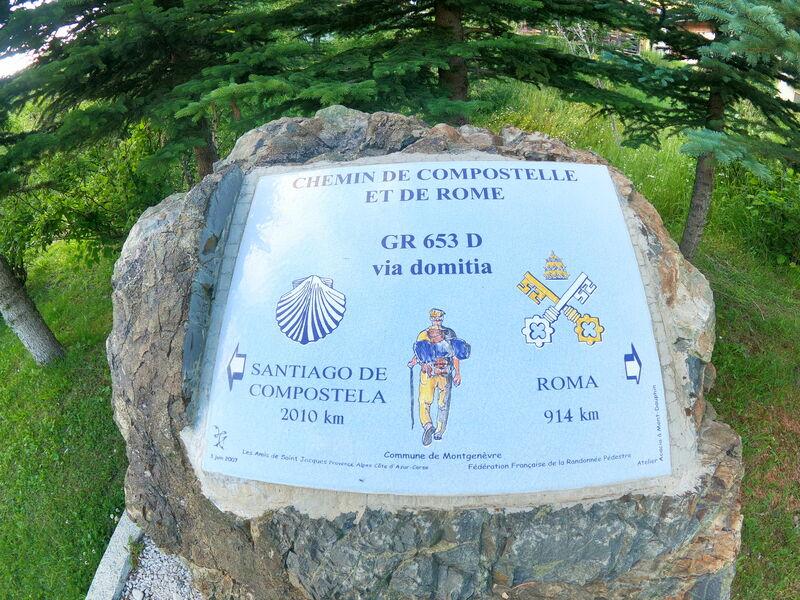 Chapelle Sainte Anne - Pierre Chemin de Compostelle et de Rome - Office de Tourisme de Montgenèvre