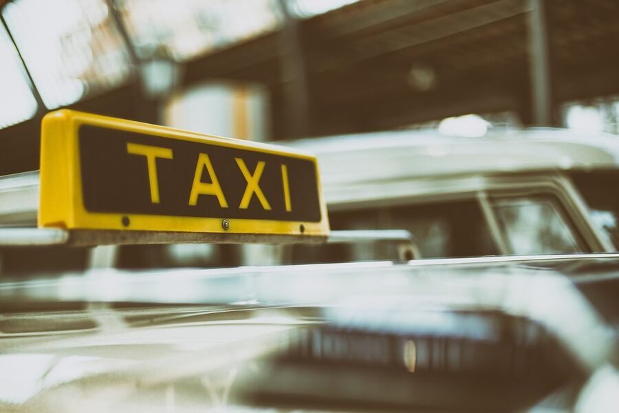Taxi Aitra