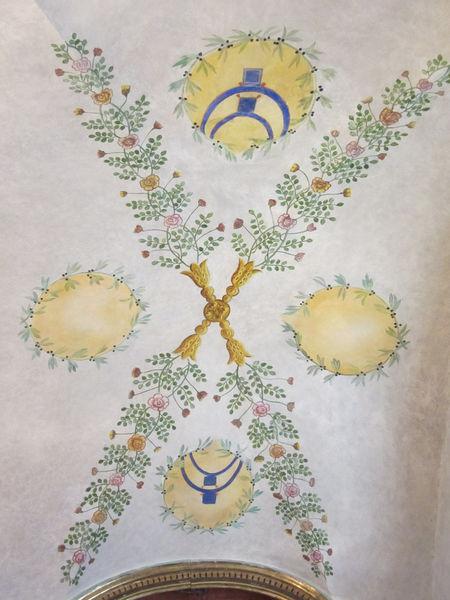 Beaune autel marial fresque sur voute