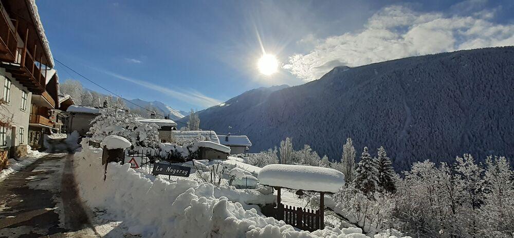 Le Noyerai sous la neige