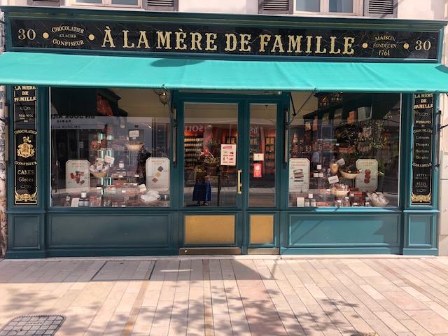 A La Mere De Famille Destination Vincennes