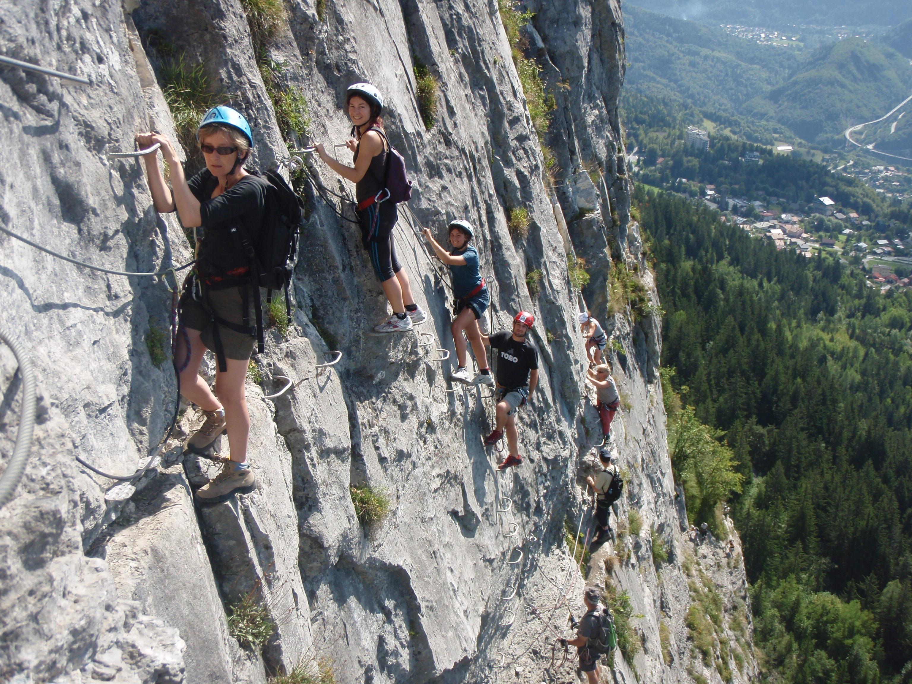 Via corda / Alpina