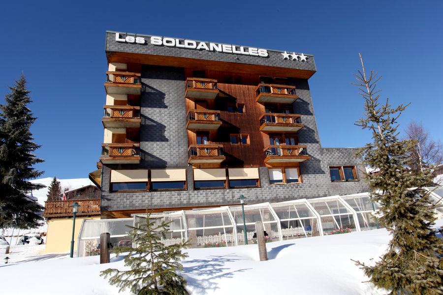 """""""Les Soldanelles"""" hotel"""