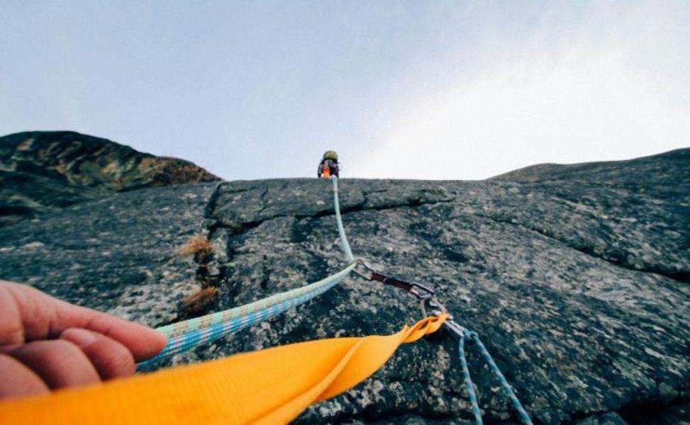 À L'AISE EN FALAISE découverte de la grimpe