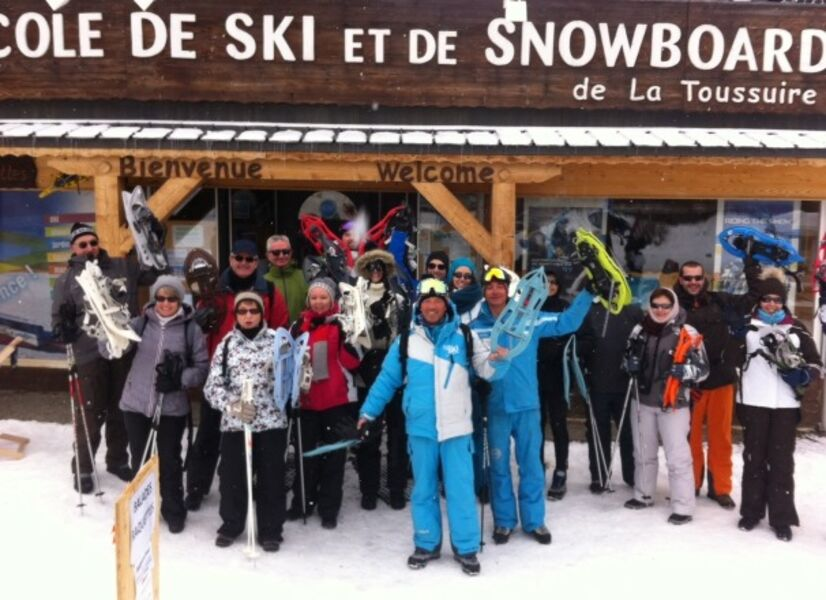 Thematic snowshoeing with the Esi