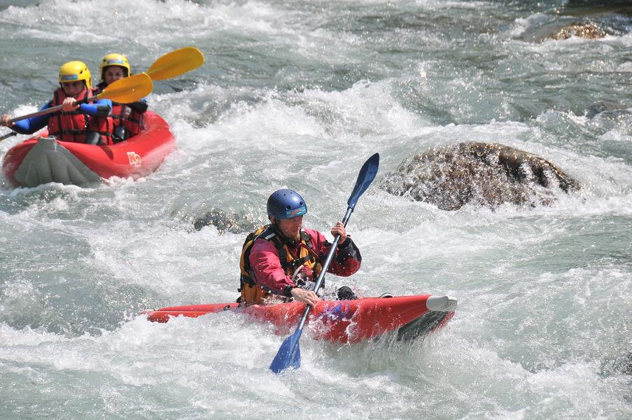 Kayak raft
