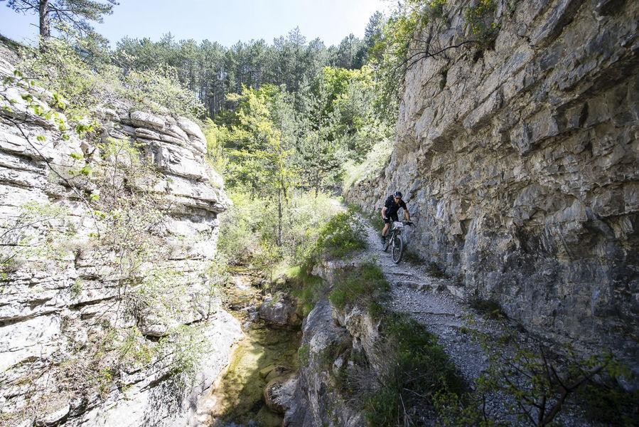 Chemins du Soleil Sisteron Buëch en VTT