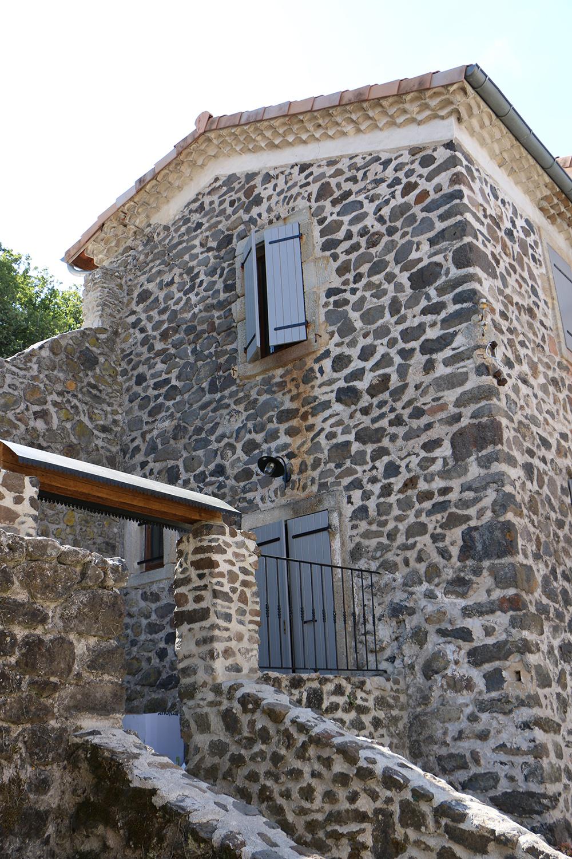 Gîtes à Privas en Ardèche Buissonnière. : Domaine de Chabanet - Gîte Comballe