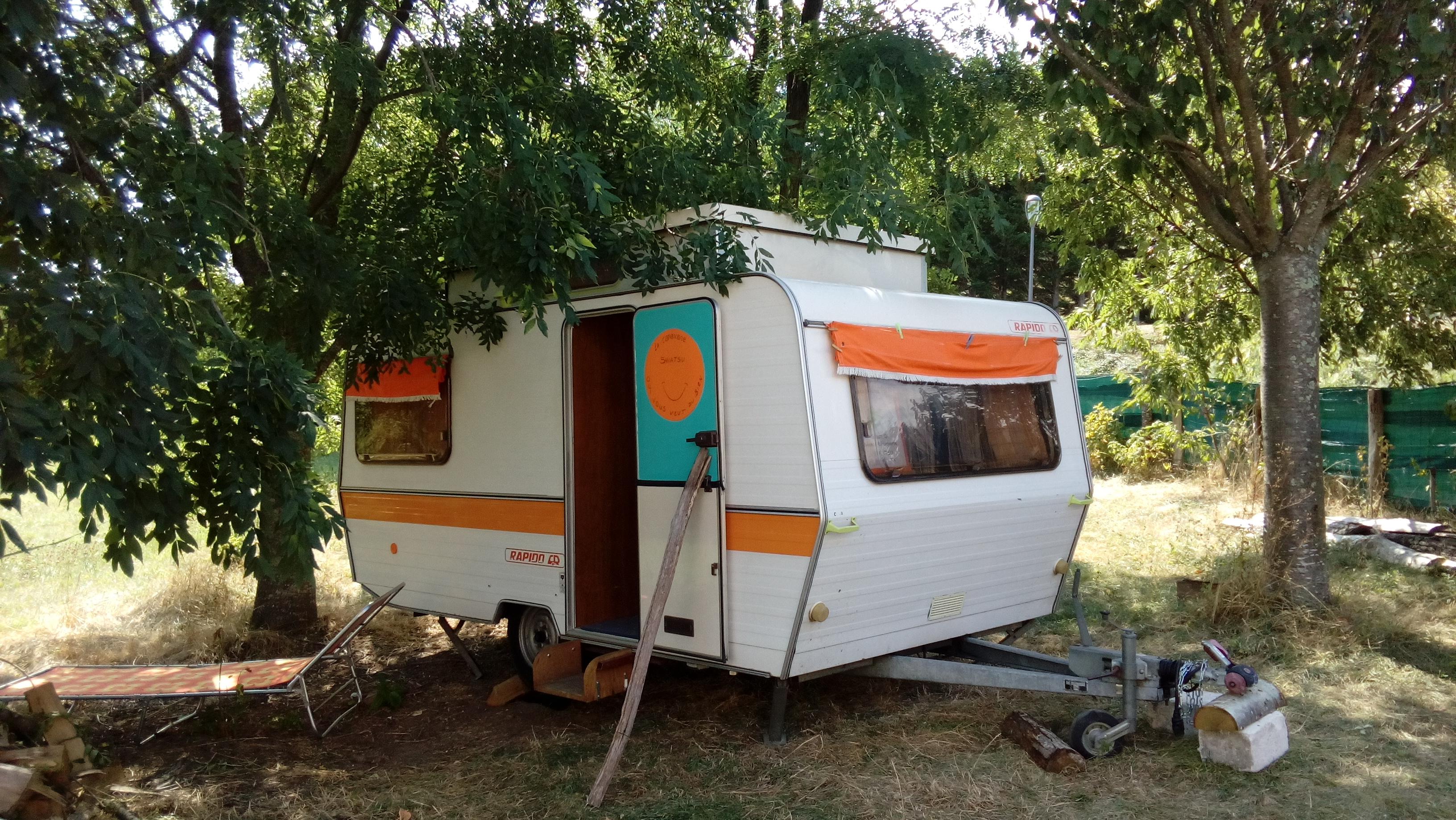 Aparte accommodaties : Les Soleillas - caravane rétro (1-4 pers.)