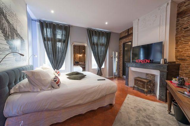Europe Hôtel <i class=