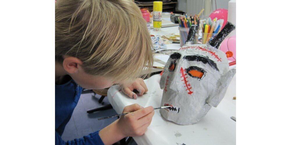 Journée Fabrique ton masque dHallowenn