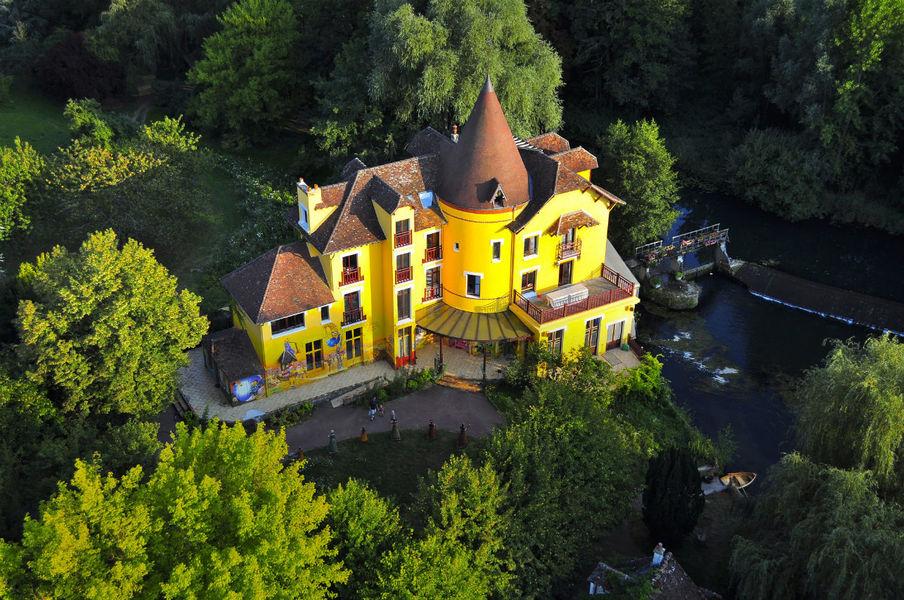 Le Moulin Jaune