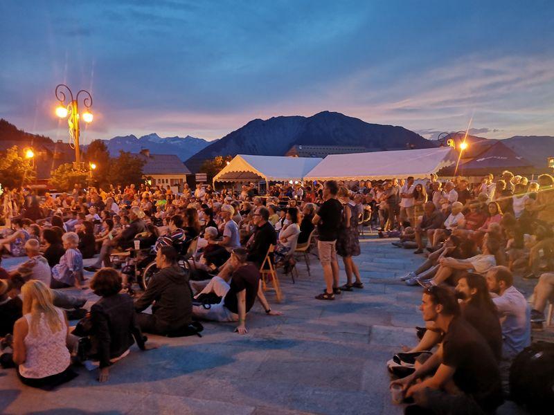 Concert sur la Place Opinel Albiez
